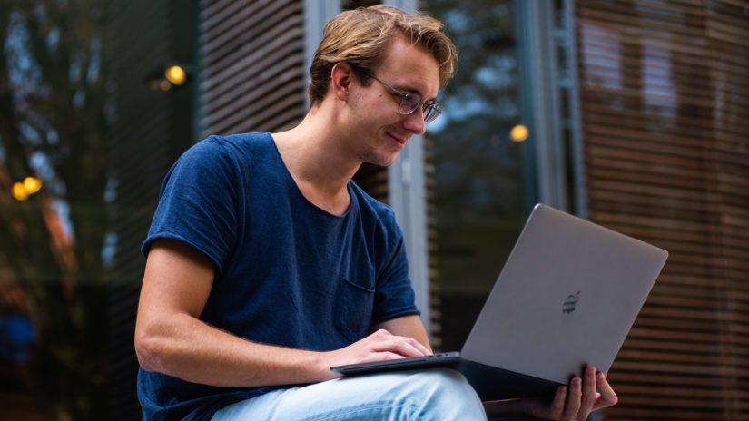 Rekrutacja IT – czego NIE robić, żeby znaleźć programistę